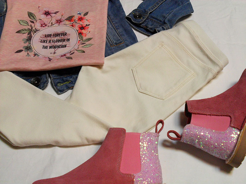 outfit botin rosa live forever camiseta